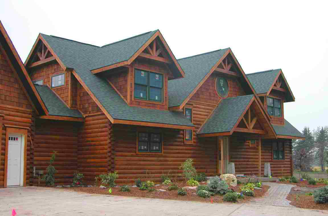 Which Roof is the Right Choice for Your Log Home