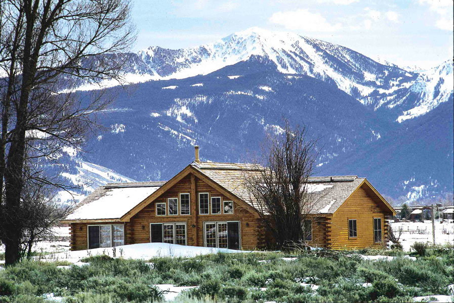 10 Tips to Help You Design an Affordable Log Home